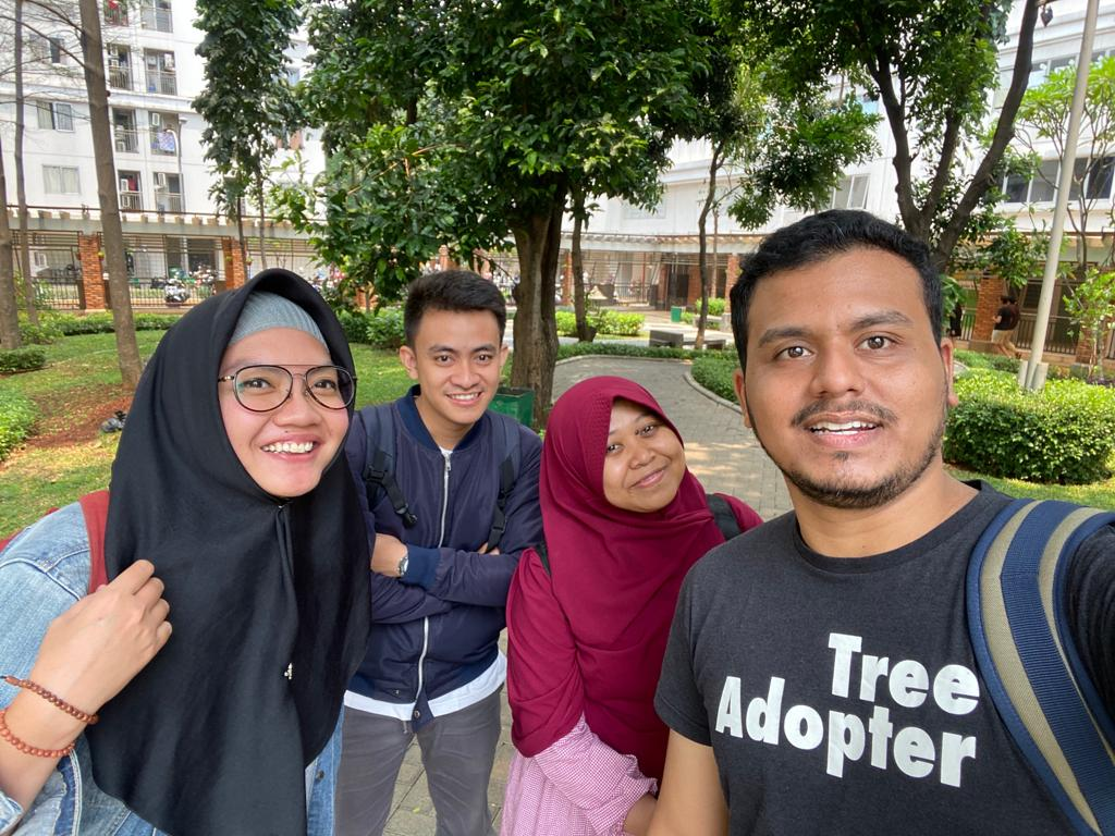Member Waste Solution Hub, Ki-Ka : Lita, Aji, Siti, dan Yusuf (Dok. Waste Solution Hub)