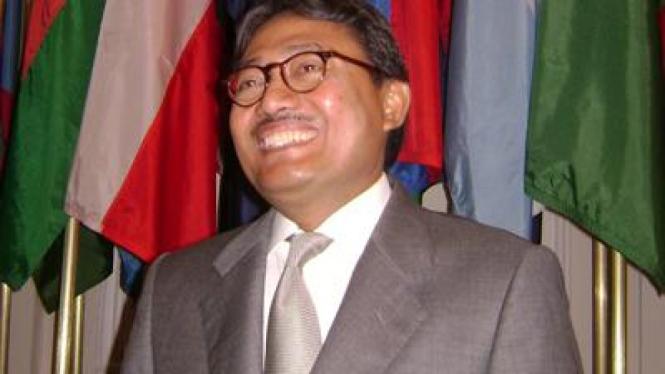 Wakil Menlu Triyono Wibowo