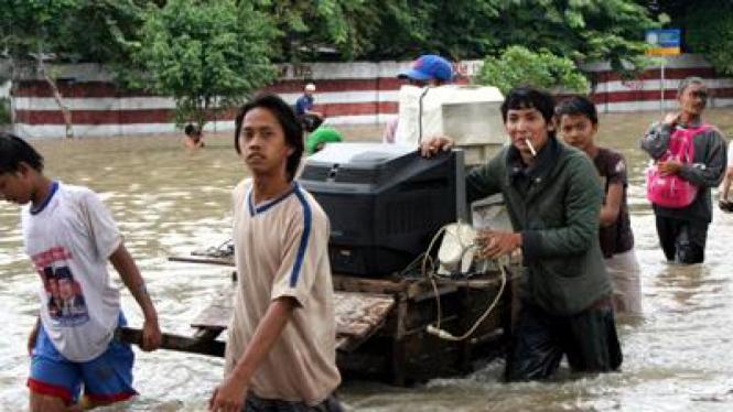 Banjir di Rawabuaya, Cengkareng, Jakarta Barat