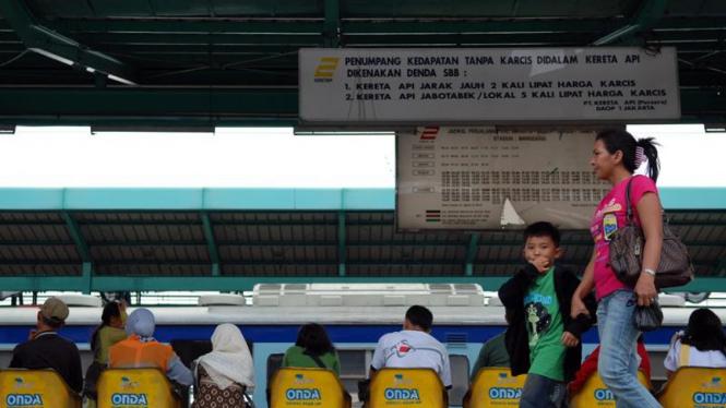 Stasiun Kereta Api Manggarai Jakarta