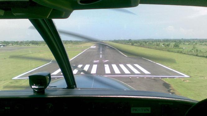 Runaway Bandara Selaparang Mataram