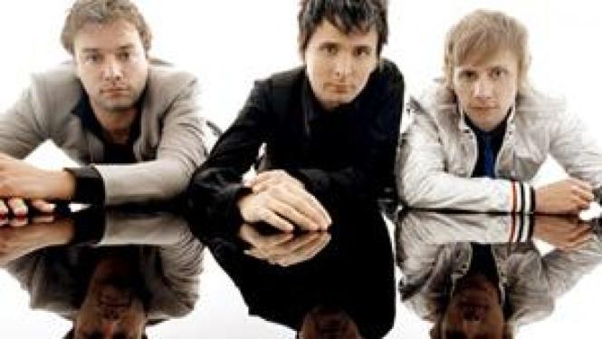 Muse (Chris, Matt, Dom )