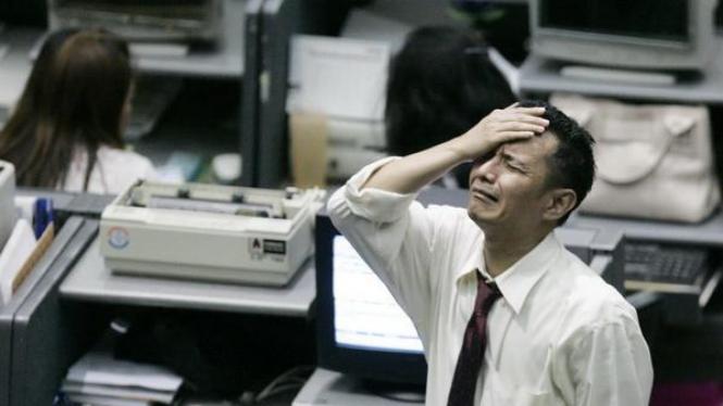 Pialang sedih setelah BEI menghentikan perdagangan