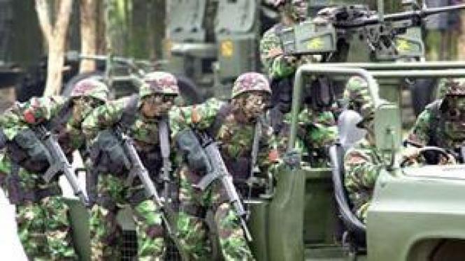 tentara latihan