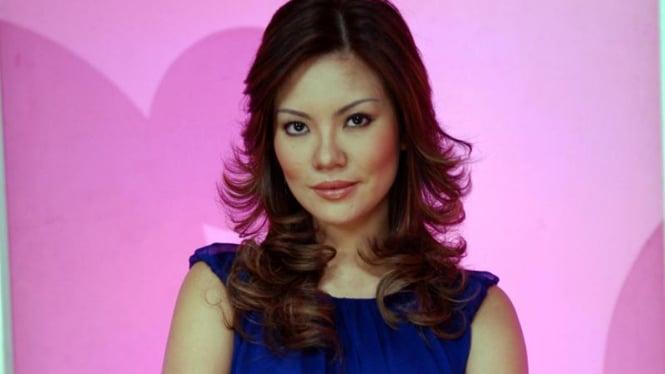 Aline Tumbuan