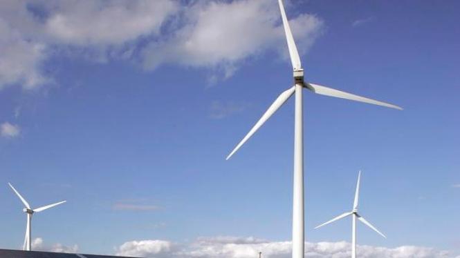 Pembangkit listrik tenaga angin merupakan pembangkit dari energi terbarukan.