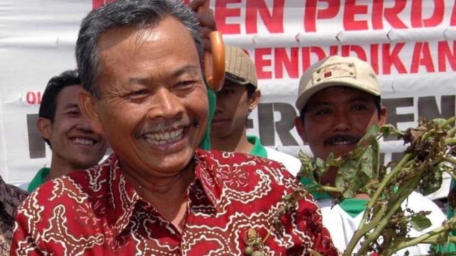 Gubernur Jawa Tengah Bibit Waluyo