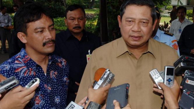 Presiden Yudhoyono dan Juru Bicara Andi Mallarangeng