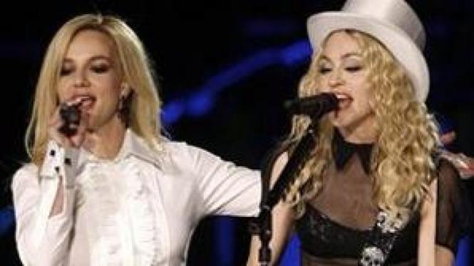 Britney & Madonna