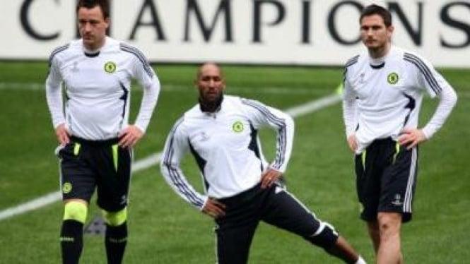 John Terry (kiri), Nicolas Anelka & Frank Lampard