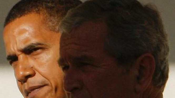 Barack Obama dan George W. Bush