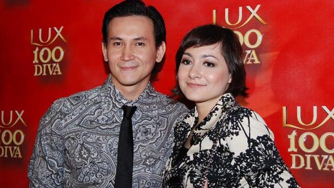 Dewi Rezer dan Marcellino Lefrandt