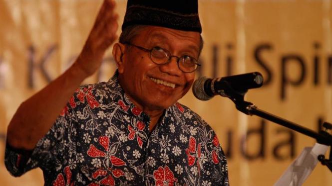 Taufiq Ismail.