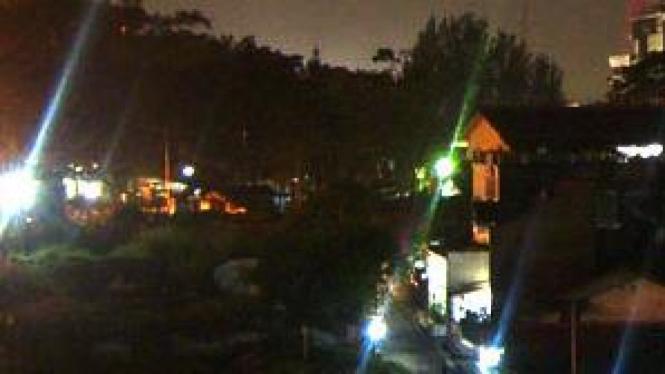 Ilustrasi lampu malam hari