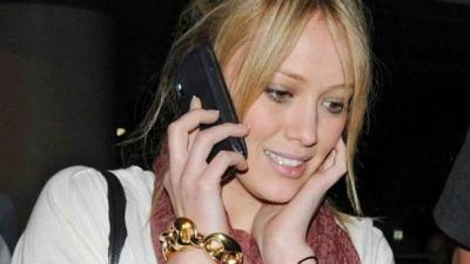 Hillary Duff Celebrity Gadget BlackBerry