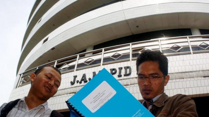 Dua aktivis ICW datangi Kejaksaan Agung minta klarifikasi