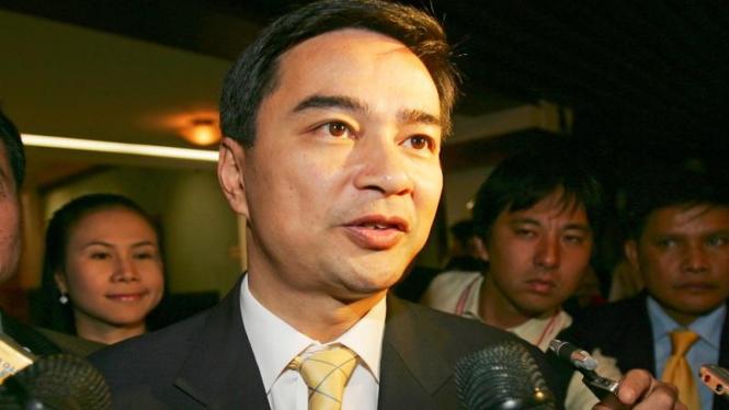 Abhisit Vejjajiva PM Thailand Terpilih