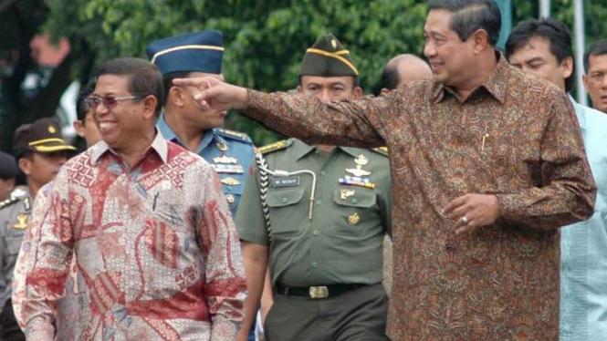 Presiden Susilo Bambang Yudhoyono dan Sekretaris Kabinet Sudi Silalahi