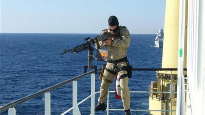 Pasukan khusus Belanda menjaga kapal kargo di Teluk Aden