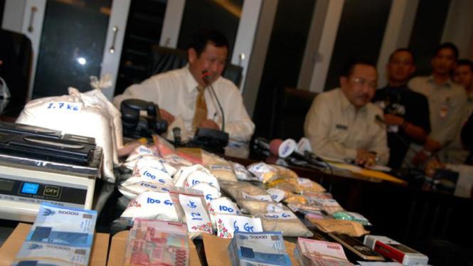 Barang bukti heroin terbesar tahun 2008