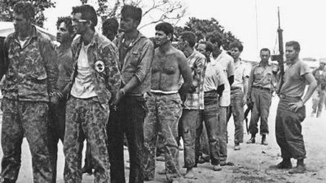 Para Tahanan di Teluk Babi Kuba