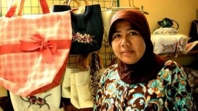 Titik Winarti Pengusaha Handicraft Asal Surabaya