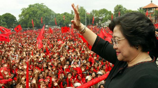 Megawati di hadapan Kader PDI-P