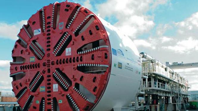 Tunnel Boring Machine untuk membuat subway