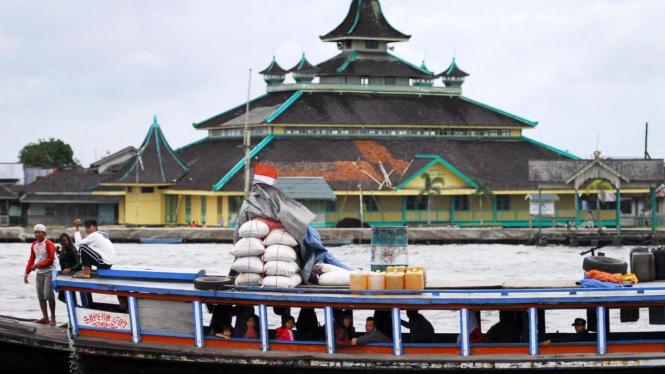 Masjid Jami Pontianak yang dibangun Sultan Abdurrachman pada 1771 M