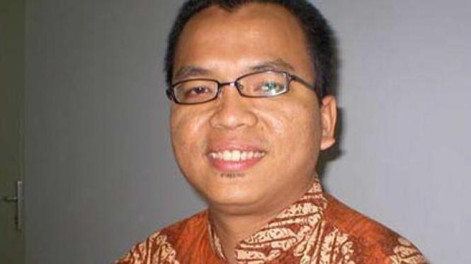 Denny Indrayana (perpektifbaru.com)