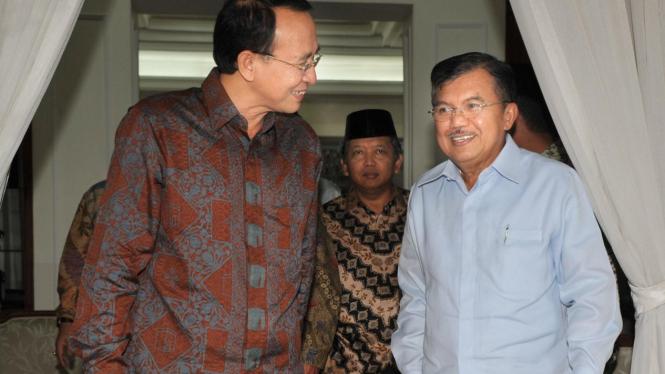 Ketua Umum Golkar Jusuf Kalla dan Ketua Umum PPP Suryadharma Ali