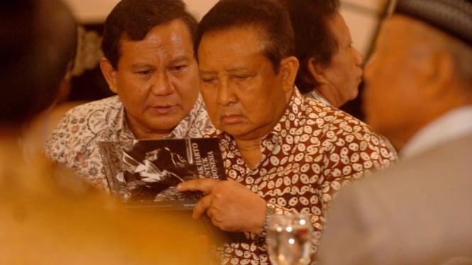 Prabowo Subianto dan Moerdiono