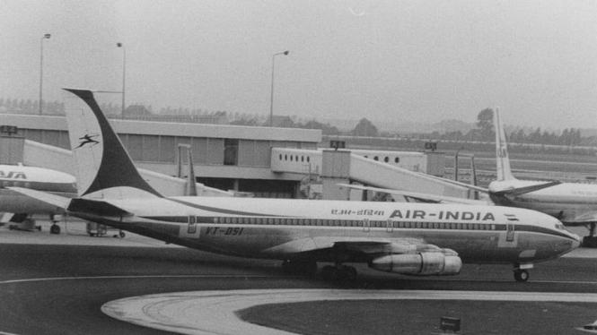 Pesawat Air India Boeing 707