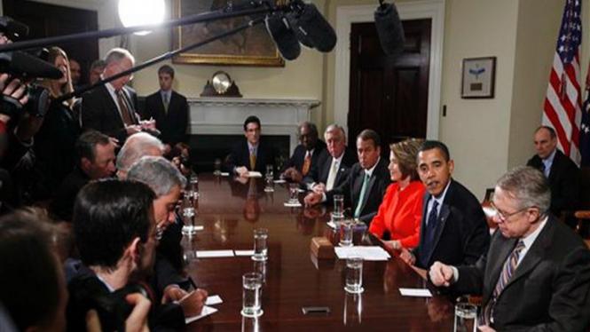 Presiden Barack Obama saat bertemu dengan pimpinan Kongres AS