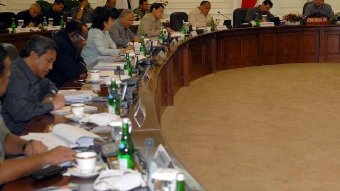Rapat kabinet terbatas