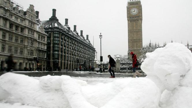 Hujan Salju di London