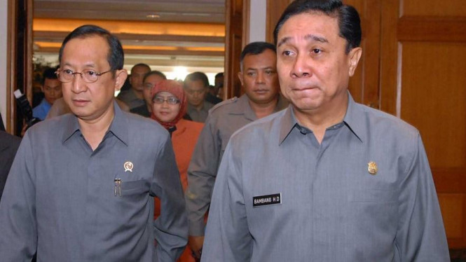 Jaksa Agung Hendarman Supandji & Kapolri Jenderal Bambang Hendarso Danuri