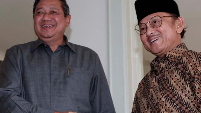 Presiden Yudhoyono dan mantan Presiden BJ Habibie