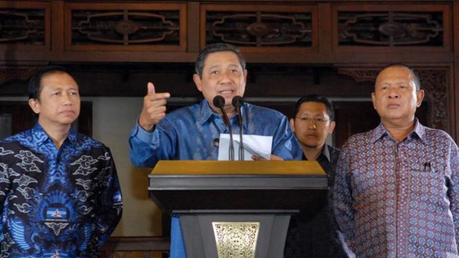 Susilo Bambang Yudhoyono saat memberi klarifikasi Partai Demokrat