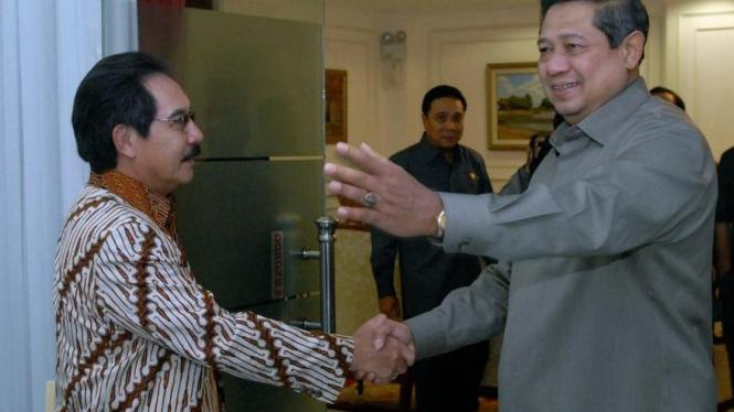 Antasari Azhar dan Susilo Bambang Yudhoyono saat bertemu beberapa tahun silam.