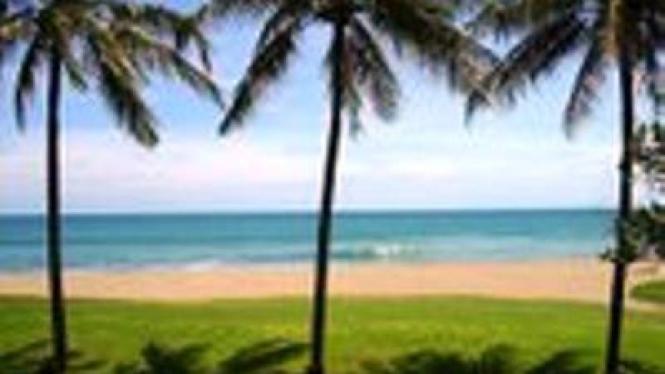 Ilustrasi pantai Indonesia
