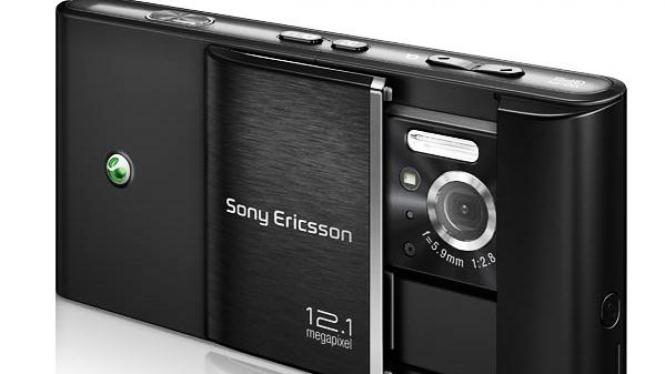 Prototipe Sony Ericsson Idou, ponsel berkamera 12,1 megapiksel
