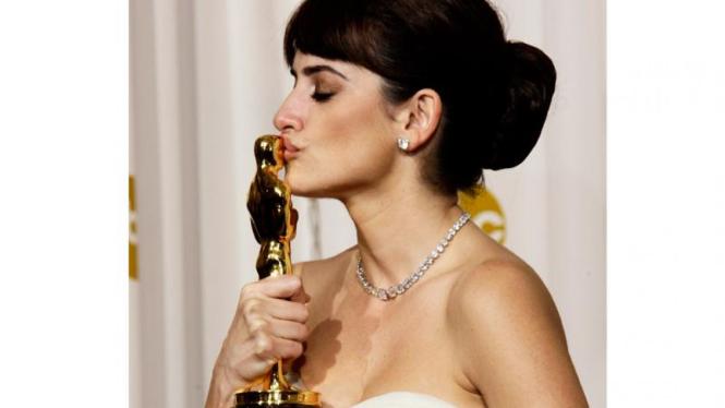 Oscar 2009 : Penelope Cruz, Aktris Pendukung Terbaik