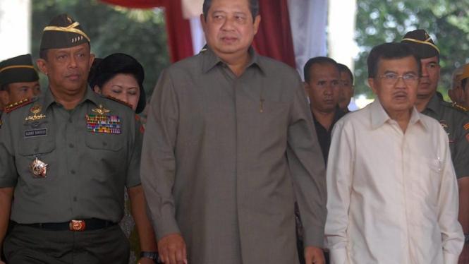 Yudhoyono, Kalla, dan Panglima TNI