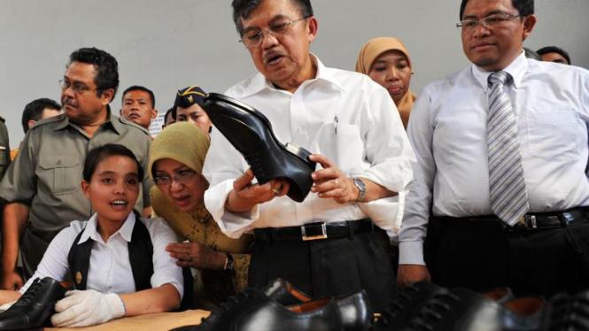 Jusuf Kalla mengunjungi Cibaduyut