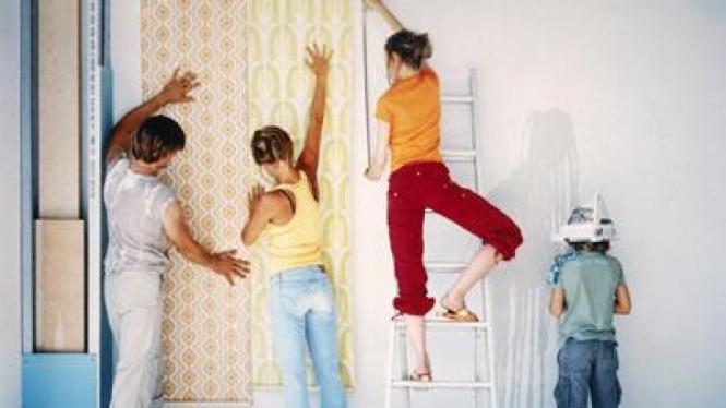 Mendekorasi rumah