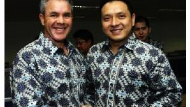 Pieter Lydian (kanan), Country Manager Dell Indonesia yang baru