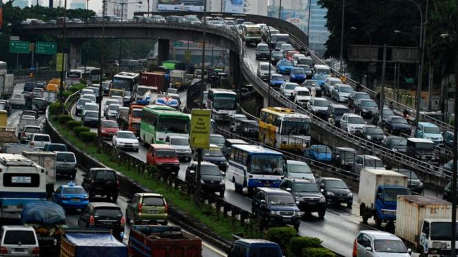 Ilustrasi Jalan Tol Dalam Kota.