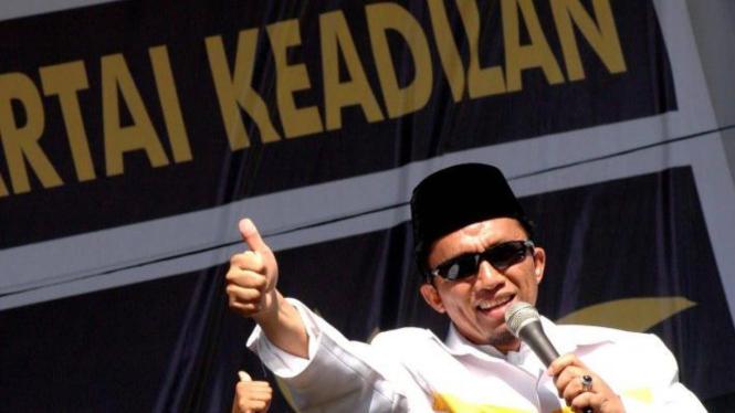 Tifatul Sembiring berkampanye di Padang