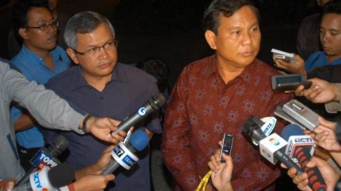 Prabowo Subianto dan Sekjen PDIP Pramono Anung